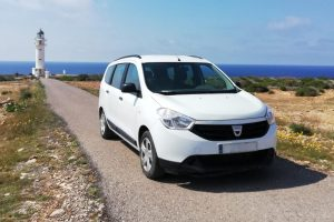 alquiler Formentera 7 plazas Dacia Lodgy